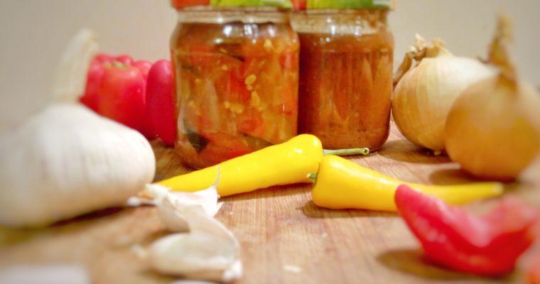 Domowy sos słodko-kwaśny lub słodko-pikantny