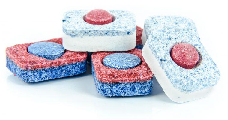 Tabletki do zmywarki – analiza składu